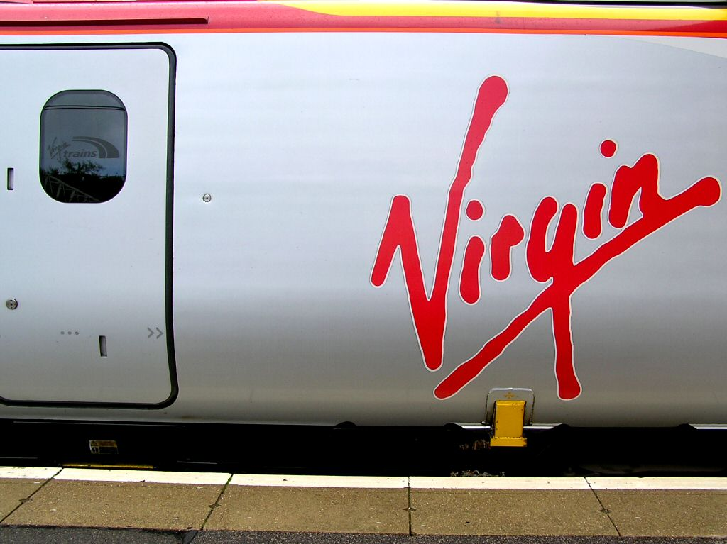 Moore's Trains - Virgin Trains and Eurostar v Flying London to Glasgow and London to Paris