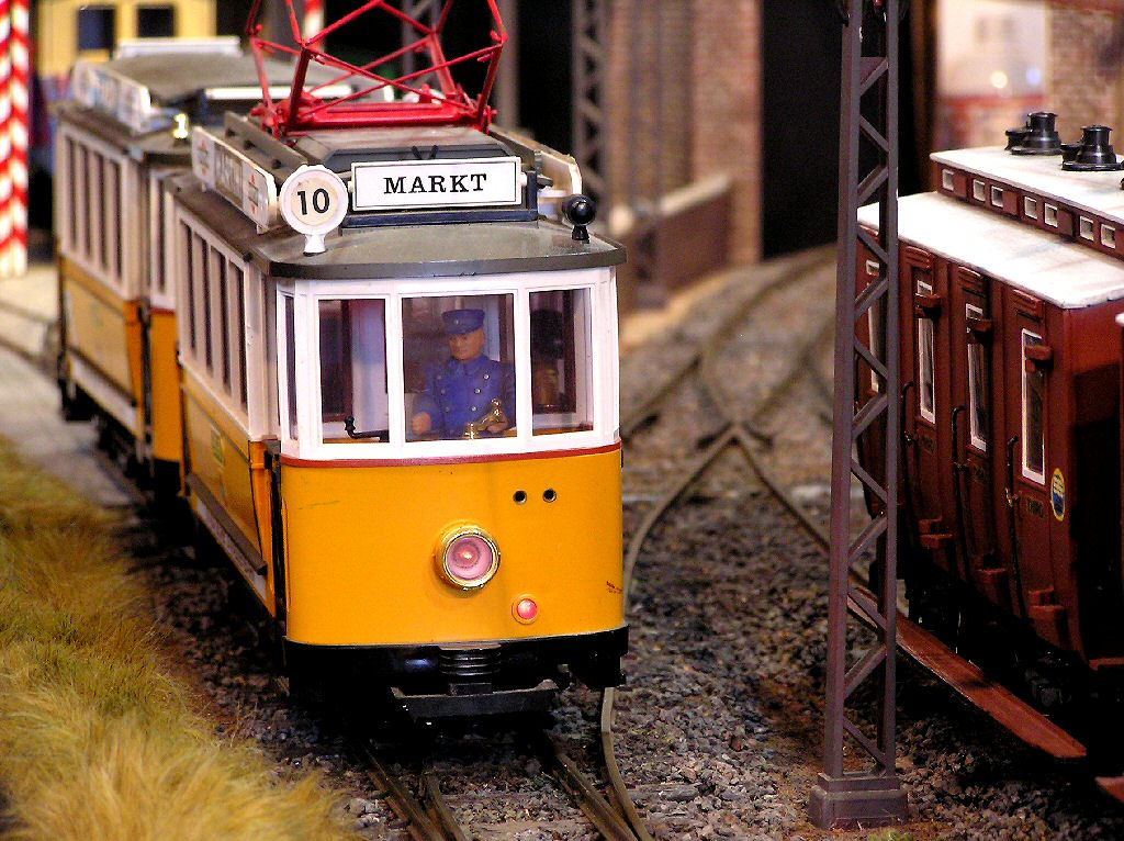 Garden Model Railway train set layout G Gauge 16mm