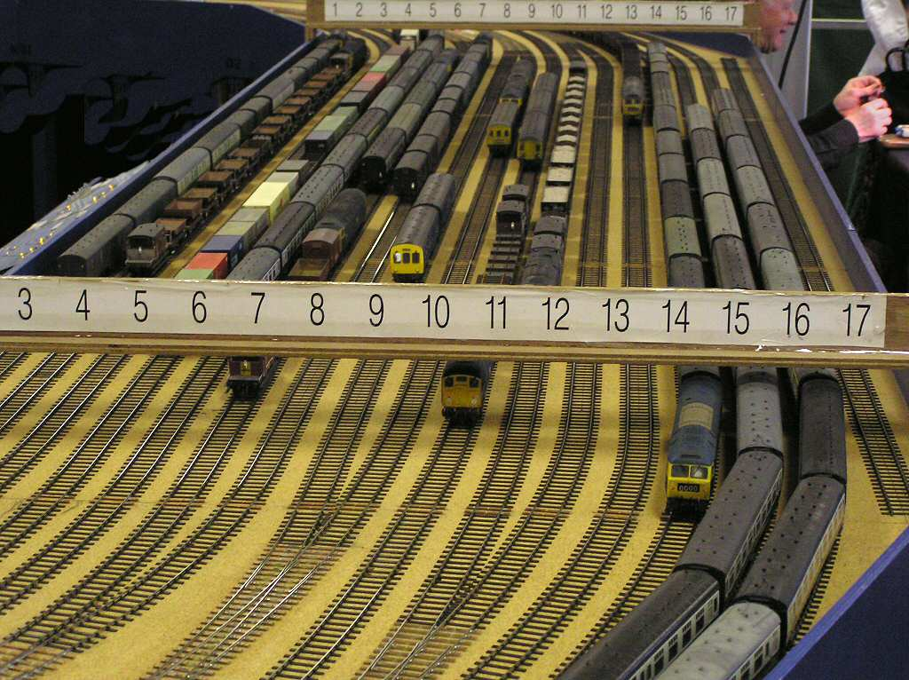 O gauge train engines videos