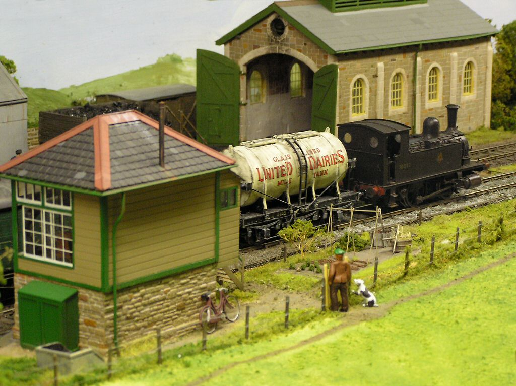 how to make a model train engine
