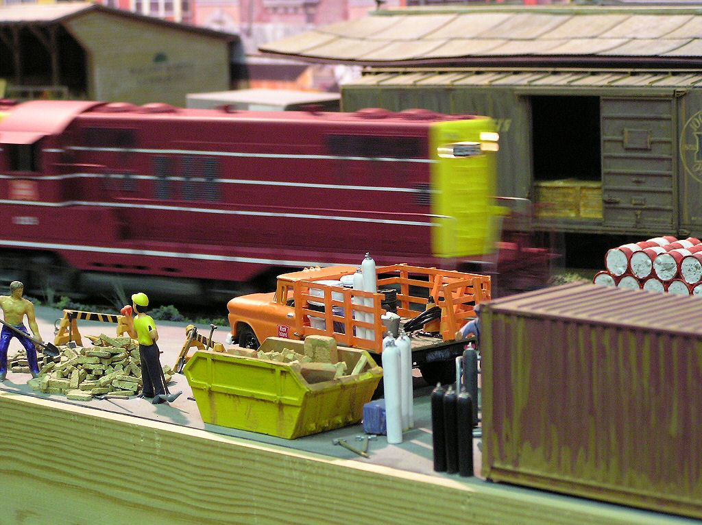 OO/HO and N Gauge Model Railway Steam Engine Diesel or Electric Train layout photographs