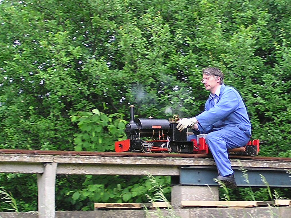 Thames Ditton Miniature Steam Railway - Small Vintage Locomotive Steam Train Light Railway model engineering photos - just like the big ones you can drive with Microsoft train simulator